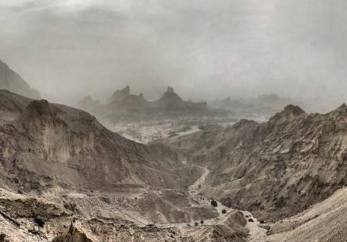 [フリー画像] 自然・風景, 山, 谷, 砂漠, アラブ首長国連邦, 201004042300