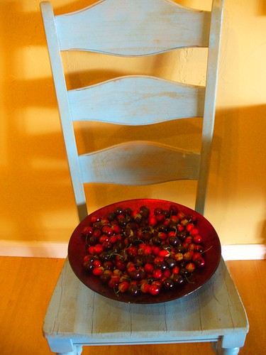 chair of cherries