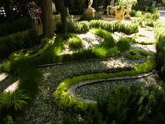 Strolling Garden - FormLA Landscaping, Inc.