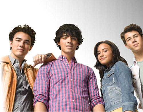 Jonas-Brothers-Demi-Lovato