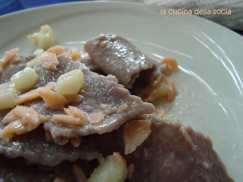 Maltagliati al primitivo, patate salmone e ..ingrediente segreto!