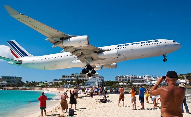 Air France over Maho Beach 3