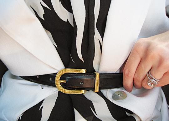 accessories+belt+blazer