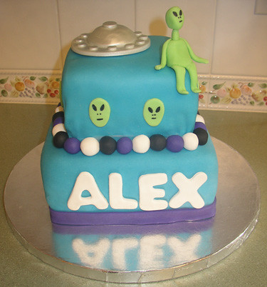 alien-cake