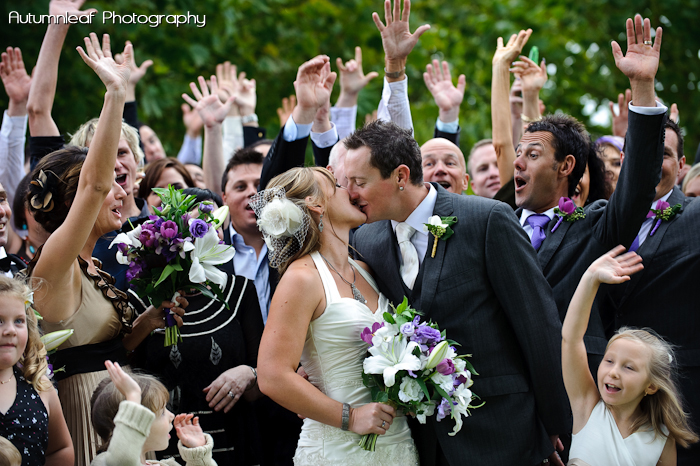 Yanthe & Mark - Group Cheers