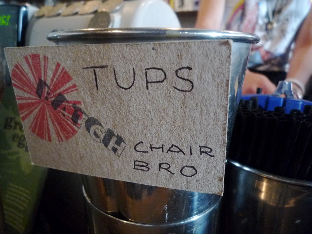 Tups chair bro
