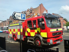 NIFRS / E1202 / XKZ 9499 / Volvo FLL-240 / WrL (Nick 999) Tags: ireland rescue fish water station fire restaurant volvo cafe central engine service ladder northern 112 999 lisburnroad wrl applaince e1202 nifrs fll240