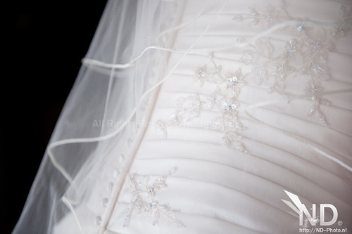 Details on the dress