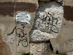 Banksy Defaced? (Barrybu) Tags: street chicago art banksy pilsen 16th defaced
