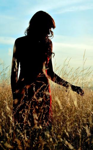 フリー写真素材, 人物, 女性, 草原,