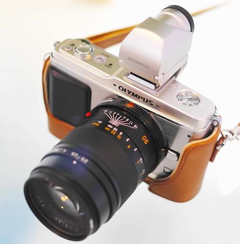 Silver Olympus E-P2 Leica Summarit-M 90mm f2.5