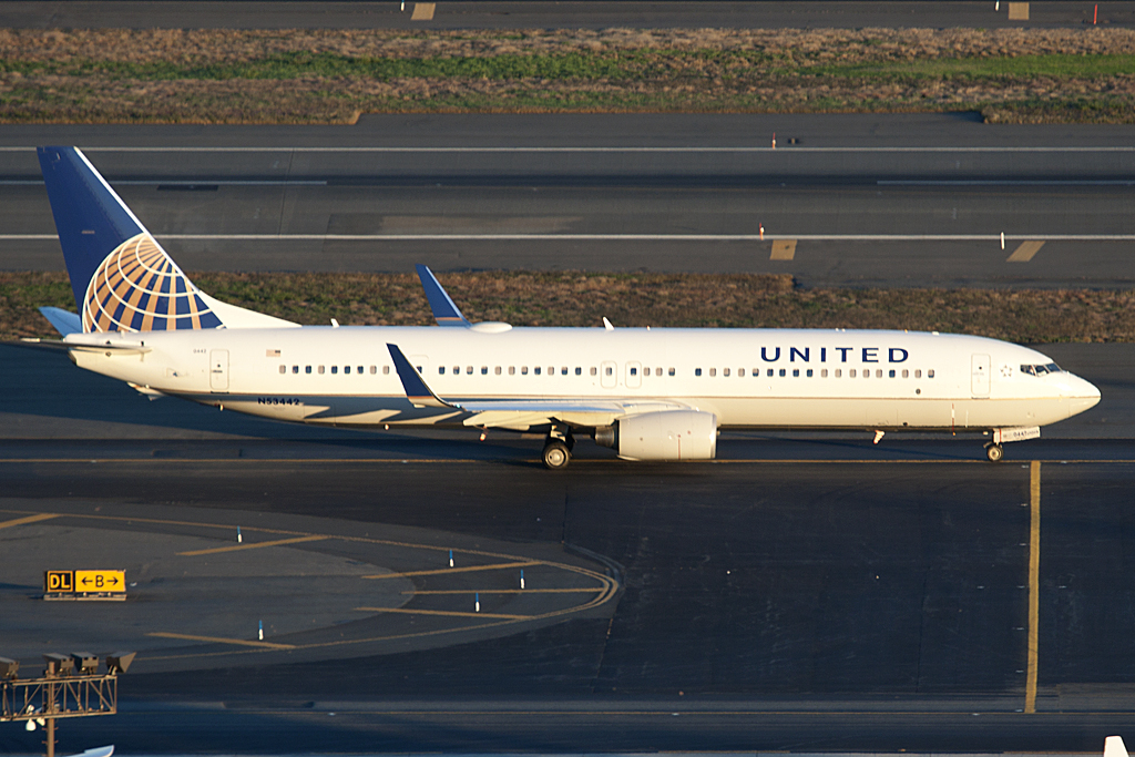 N53442 Continental United Airlines EWR Newark AIrport