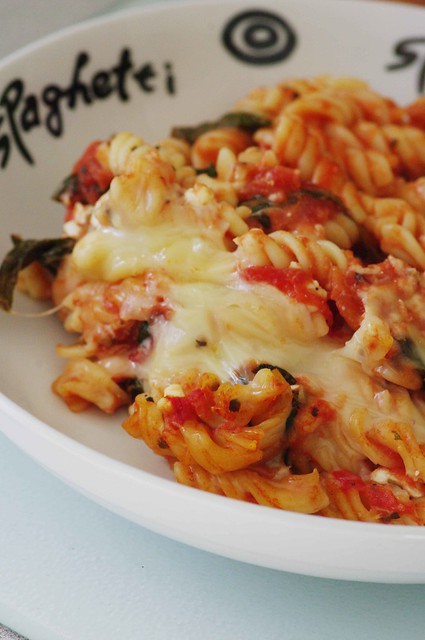 Low Fat Baked Pasta with Spinach