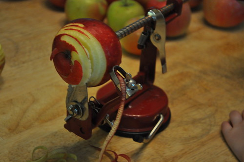 apple corer, peeler, slicer