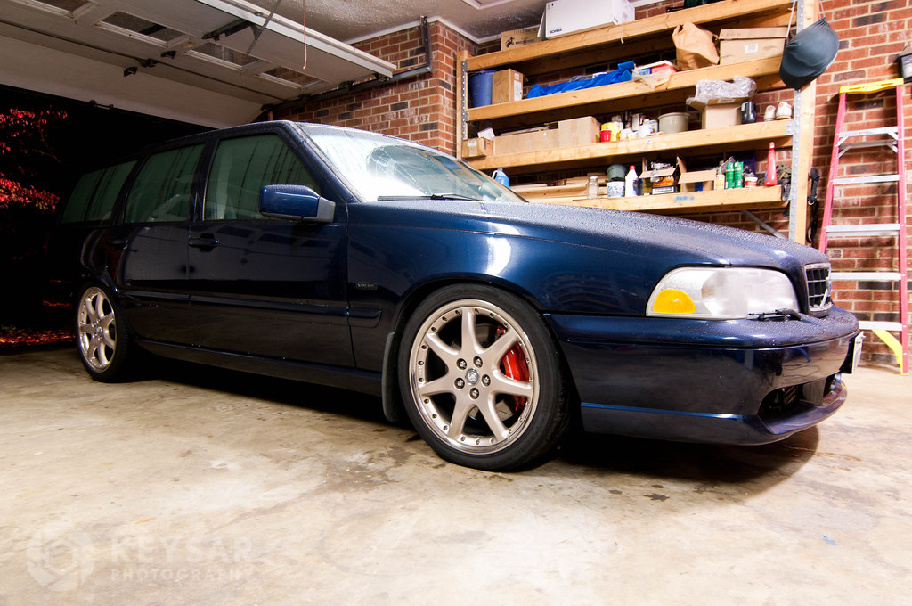 pix request! Anyone rocking Jaguar wheels 5x108? post 'em ...