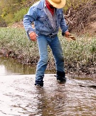 09 WS Heading further up wading in river canal (Wrangswet) Tags: wranglers riverhike swimmingfullyclothed wetjeans wetboots wetladz wetcowboy swimminginjeans wetcowboyboots wetwranglerjeans meninwetjeans guysswimminginjeans