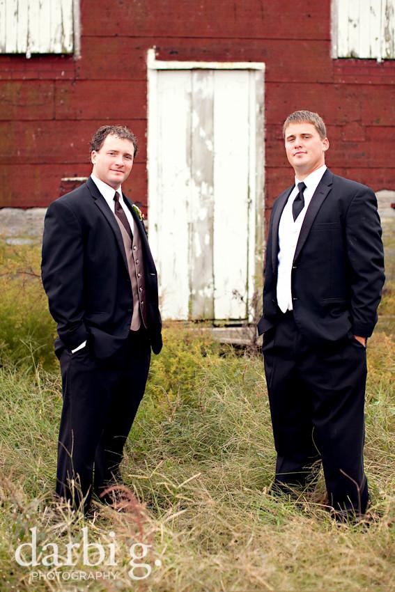blog-Kansas City wedding photographer-DarbiGPhotography-ShannonBrad-122
