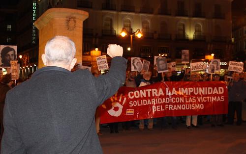 Concentración contra la impunidad del Franquismo (11/11/2010)