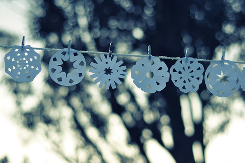 Snowflakes by ~aspidistra~.