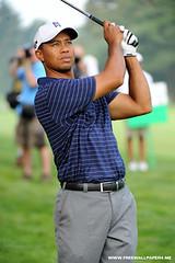 Tiger Woods iPhone Wallpaper