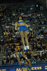 DSC_5807 (bruin805) Tags: basketball cheerleaders ucla bruins danceteam pauleypavilion spiritsquad delawarestate