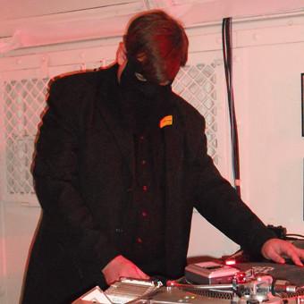 2009-09-04_Klirrbar: Der Tapeman