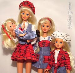 Barbie and sisters -1995 Barbie Skipper Kelly Stacie Travelin Sisters giftset (Nadine Gomes) Tags: sisters stacie barbie skipper kelly 1995 giftset travelin