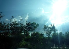 zon en wolken / sun and clouds (dietmut) Tags: november sky india reisen asia village journey lucht karnataka 2009 reizen azi sravanabelagola federalstate traver panasoniclumix dmcfx500 dietmut deelstaat yourfavorites22