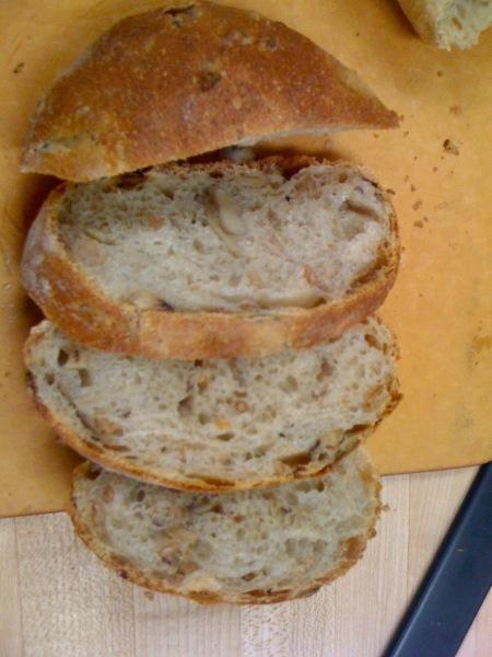 mushroom farro bread