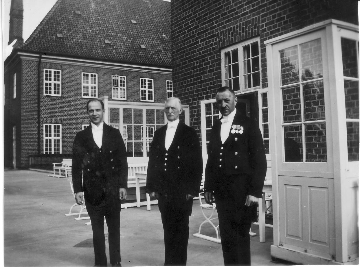 Tjenere på Vemmeteofte Kloster ca. 1930