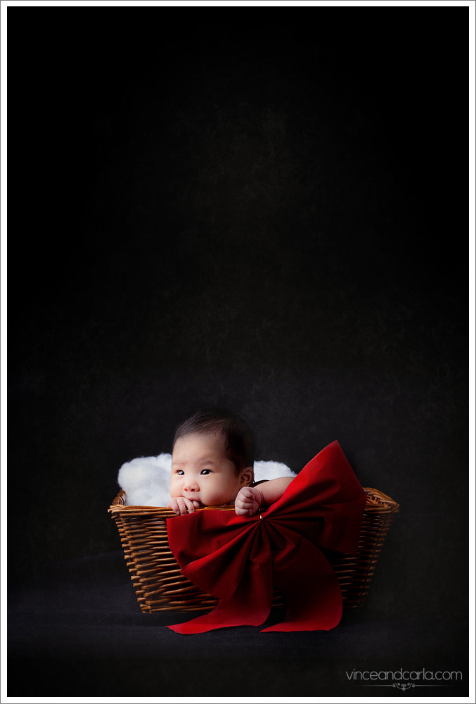 mikaela christmas card xmas red ribbon wicker basket blog newborn photographer photoshoot photography infant baby valencia los angeles san fernando valley