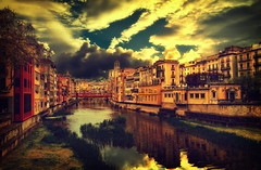 [フリー画像] [人工風景] [建造物/建築物] [街の風景] [街角の風景] [河川の風景] [スペインの風景]     [フリー素材]