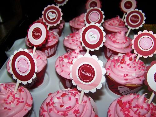 100211 Vday Cupcakes 20