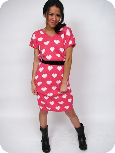 1980's VINTAGE HEART SWEATER DRESS