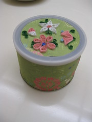 Quilled Container