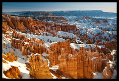 Sunset Point at Sunrise (Jeff McGrath) Tags: park morning winter red usa snow jeff nature rock sunrise landscape utah nationalpark nikon scenery unitedstates united scenic canyon national tropic hoodoo bryce jeffrey states redrock brycecanyon polarizer mcgrath brycecanyonnationalpark polarizingfilter tropicutah d700 lightroomonly nikond700
