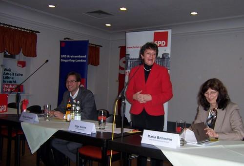 28.02.2010 | Inge Aures (MdL) und Florian Pronold (MdB) referieren zum Sachstand Landesbank