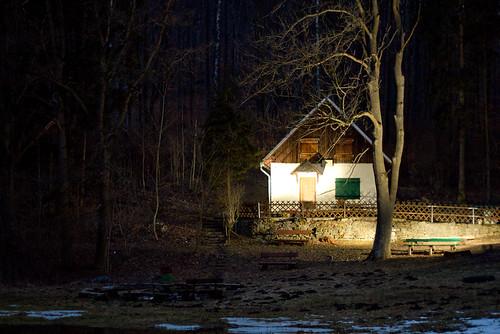 Helbetal bei Holzthaleben - Haus an der Helbe bei Nacht