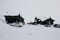 Haukeliseter fra vest (TrulsHE) Tags: winter white snow cold norway norge vinter cloudy dnt sn haukeli kaldt hvitt overskyet fjellstue haukeliseter turistforeningen