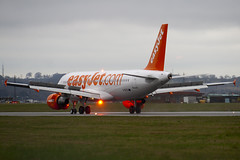 G-EZTS - 4196 - Easyjet - Airbus A320-214 - 100331 - Luton - Steven Gray - IMG_9158