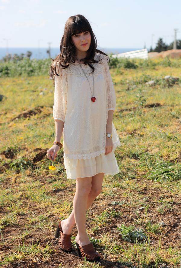 lace_dress1