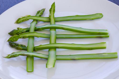 weaving asparagus 2