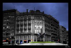 La Estrella (Juan Quiles) Tags: city bw espaa byn edificios nikon juan ciudad bn alicante splash estrella escaparates cutoff d90 maisonnave nikond90 jquiles