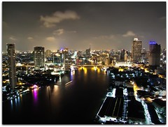 Over the Fishmarkets & Looking Up River | Bangkok (I Prahin | www.southeastasia-images.com) Tags: night river thailand downtown cityscape view skyscrapers bangkok fishmarket chaophraya dusitthani thedome lebua buiidings earthasia chatrium chatriumsuites