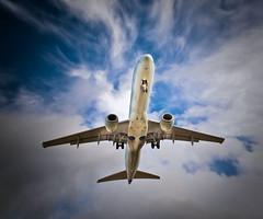 Come fly with me! (Fernando Farfan.ca) Tags: sky clouds speed plane airplane angle ottawa perspective final avion  golo1dx