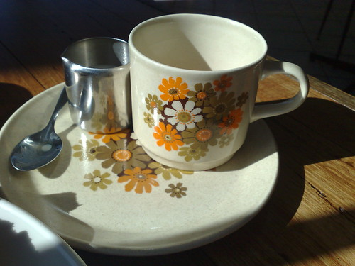 retro crockery