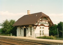 Highlands commuter train station. Hindsdale Illinois. September 1993.
