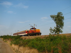 Near Zimnitsa (Krali Mirko) Tags: electric train railway bulgaria locomotive 010 skoda 61 bdz 61010 zimnitsa