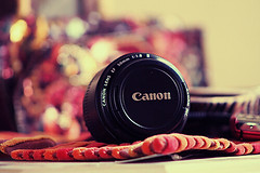 ( ~ ) Tags: canon 50mm