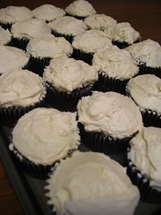 20100510 011 (nikoretro) Tags: wedding party food white black cup cake sweet chocolate devils sugar fairy cupcake icing vanilla simple ideas basic frosting confectioners powdered buttercream